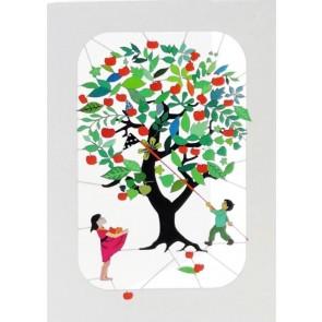 Børn under æbletræ -  dobbelt kort med kuvert